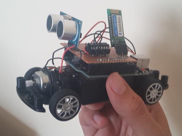motor shield L293D ultrasonik sensör ve BT modül aynı kartta