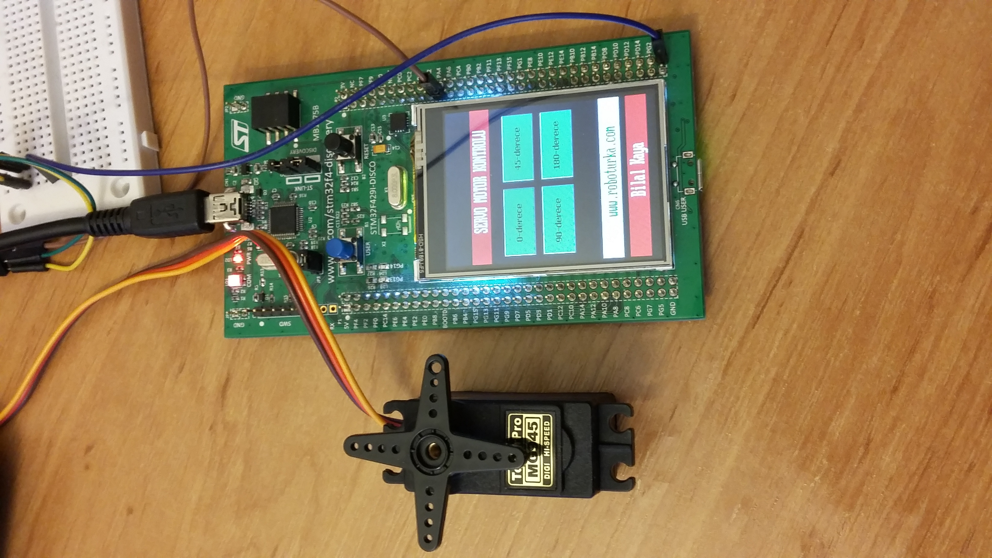 Dokunmatik ekranla servo motor kontrolü roboturka